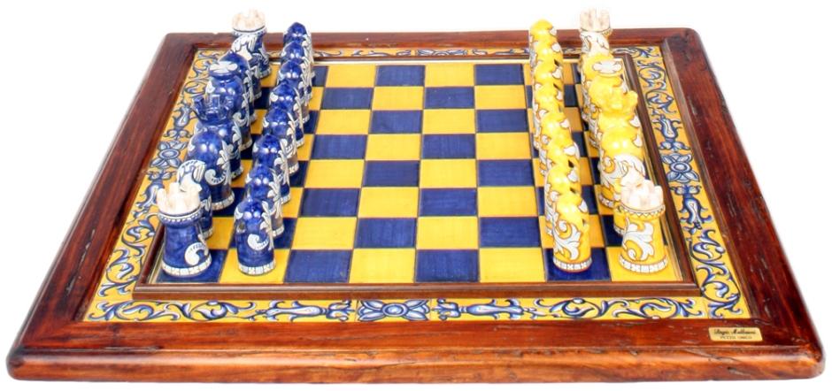 italian-ceramic-majolica-chess-set-blue-yellow-58cm